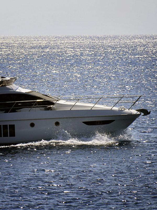 Recreational yacht